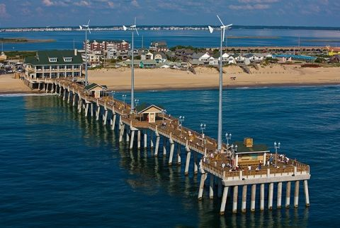 Jeannette's Pier and aquarium
